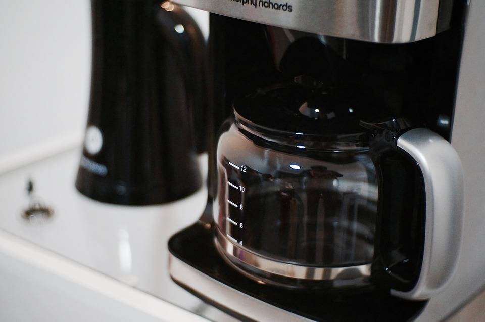 electric drip coffee machine