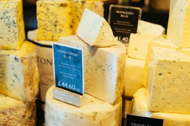 Traditional-British-Cheeses-e1550107879391